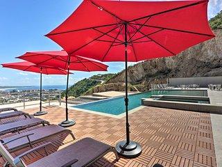Cabo Pedregal Condo: Ocean View & 2 Infinity Pools