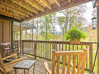 NEW! Sugar Mtn. Condo w/Balcony - Walk to Slopes!
