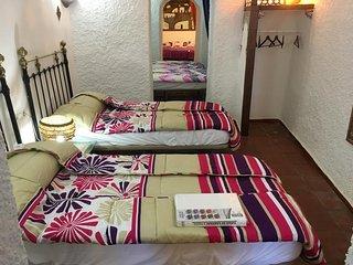 Cuevas la  Alcazaba, pasa unas vacaciones inolvidables en pleno centro de Guadix