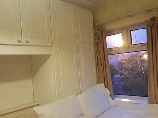 Island Holiday Homes D4- Bedroom 2