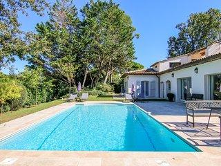 Villa Garden, Hermosa Villa con Piscina y Jardin