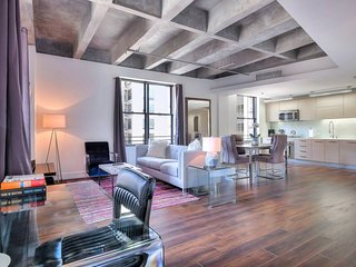Prime Historic Loft in Heart of DTLA - A Must See!