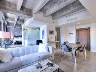 NEW! DTLA 1BR/1BA - Fully Private! A Must See!