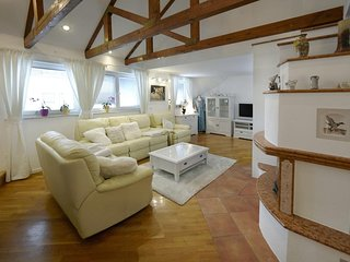 LEYLA  - 2 Rooms, Sleeps 3