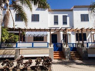 Duplex con terraza y garaje en Las Nieves, Agaete