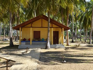 A/C Deluxe Bungalow facing Sea at Kalpitiya Lagoon