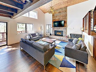 Stunning 4BR/3BA Renovated Chalet for Monthly Summer/Ski Lease, Near Heavenly