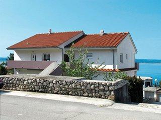 1 bedroom Apartment in Dramalj, Primorsko-Goranska Županija, Croatia : ref 56410