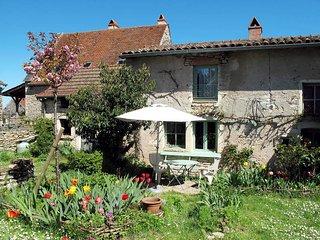 1 bedroom Villa in Chissey-les-Macon, Bourgogne-Franche-Comte, France : ref 5435