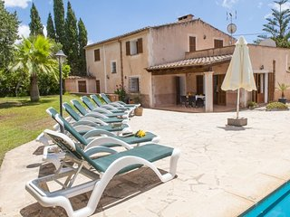 4 bedroom Villa in Cala d'Or, Balearic Islands, Spain : ref 5686935