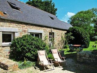 2 bedroom Villa in Plounevez-Lochrist, Brittany, France : ref 5438278