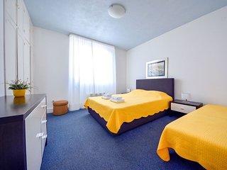2 bedroom Apartment in Smirić, Zadarska Županija, Croatia : ref 5516993