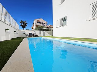 Villa DOEL, studio  S1 with heated pool