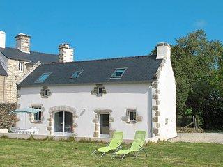2 bedroom Villa in Plounéour-Trez, Brittany, France : ref 5438353