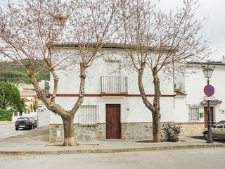 4 bedroom Villa in El Bosque, Andalusia, Spain - 5633862