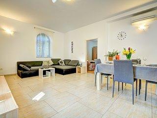 1 bedroom Apartment in Volosko, Primorsko-Goranska Županija, Croatia : ref 55578