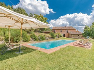 4 bedroom Villa in Palagio, Tuscany, Italy : ref 5686607