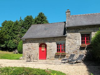 1 bedroom Villa in Plouegat-Moysan, Brittany, France : ref 5438340