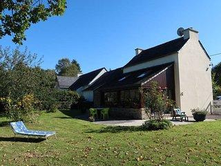 2 bedroom Villa in Roc'h Cléguer, Brittany, France : ref 5438094