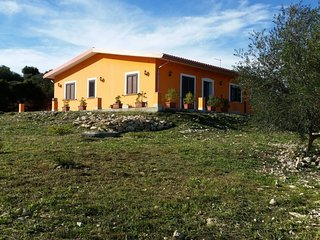 4 bedroom Villa in Floridia, Sicily, Italy : ref 5296336