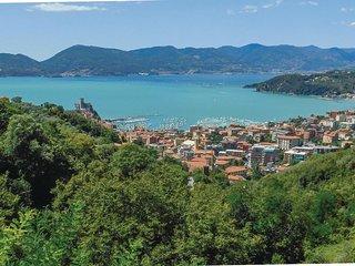 2 bedroom Villa in Lunense, Liguria, Italy : ref 5682289