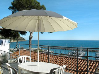 2 bedroom Apartment in San Lorenzo al Mare, Liguria, Italy - 5676447