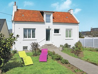 3 bedroom Villa in Plouhinec, Brittany, France : ref 5441390