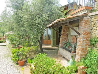 2 bedroom Apartment in Montecatini Alto, Tuscany, Italy : ref 5447281