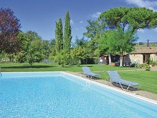 2 bedroom Apartment in Castel Petraio, Tuscany, Italy - 5540208