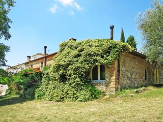 1 bedroom Apartment in Talciona, Tuscany, Italy : ref 5656273