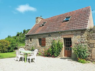 2 bedroom Villa in Pleumeur-Bodou, Brittany, France : ref 5436277