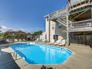 Harsimus Cove   900 ft from the beach   Private Pool, Hot Tub