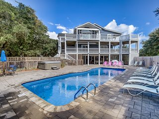 Lucy's Place | 1030 ft from the beach | Private Pool, Hot Tub