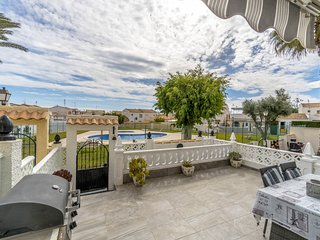 2 bedroom Villa in Playas de Orihuela, Valencia, Spain : ref 5605479