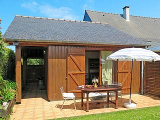 1 bedroom Villa in Cancale, Brittany, France : ref 5438984