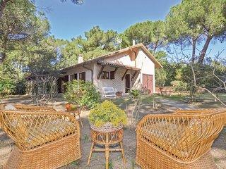 3 bedroom Villa in Saline Sadum, Tuscany, Italy : ref 5686555