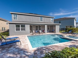 Modern 6 Bedrooms Home with BBQ near Disney at Encore Club