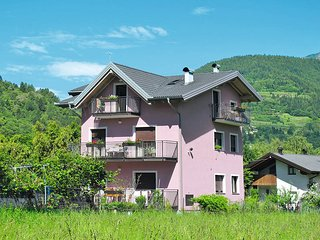 2 bedroom Apartment in Calceranica al Lago, Trentino-Alto Adige, Italy : ref 544
