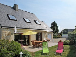 3 bedroom Villa in Cleder, Brittany, France : ref 5438061