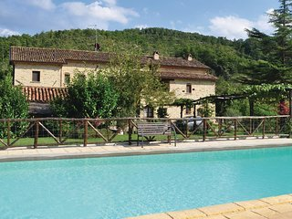9 bedroom Villa in Monte Santa Maria Tiberina, Umbria, Italy : ref 5686544