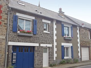 1 bedroom Apartment in Vildé la Marine, Brittany, France : ref 5565500