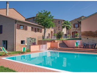 1 bedroom Apartment in Querce al Pino, Tuscany, Italy : ref 5548388