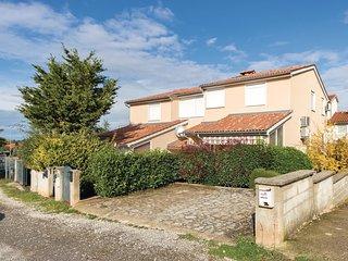 2 bedroom Apartment in Štinjan, Istarska Županija, Croatia - 5570119