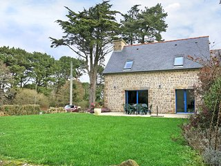 2 bedroom Villa in Landrellec, Brittany, France : ref 5436351