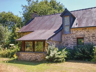 2 bedroom Villa in Pont-Priant, Brittany, France : ref 5550202