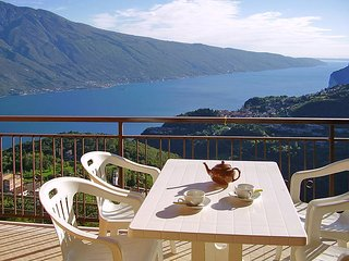2 bedroom Apartment in Tremosine, Lombardy, Italy : ref 5438872