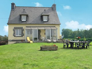 3 bedroom Villa in Kermaria-Sulard, Brittany, France : ref 5436250