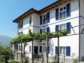 2 bedroom Apartment in Cresciasca, Lombardy, Italy : ref 5436708