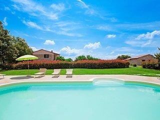 2 bedroom Apartment in Monteverdi Marittimo, Tuscany, Italy : ref 5553244