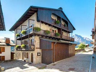 2 bedroom Apartment in Sauris di Sopra, Friuli Venezia Giulia, Italy : ref 54380